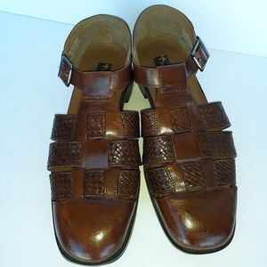 Leather Sandals  Stacy Adams